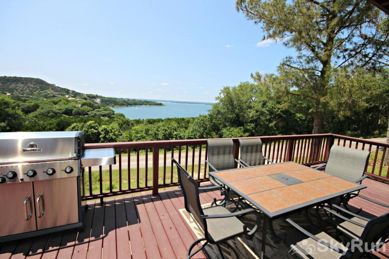 RIVENDELL RETREAT Large Deck with Lake View