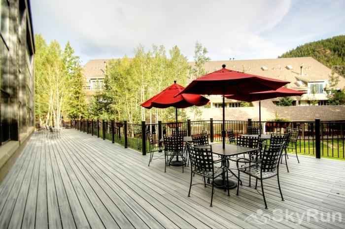 2130 The Pines Communal Deck