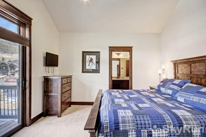 47 River Run Townhomes Master Bedroom