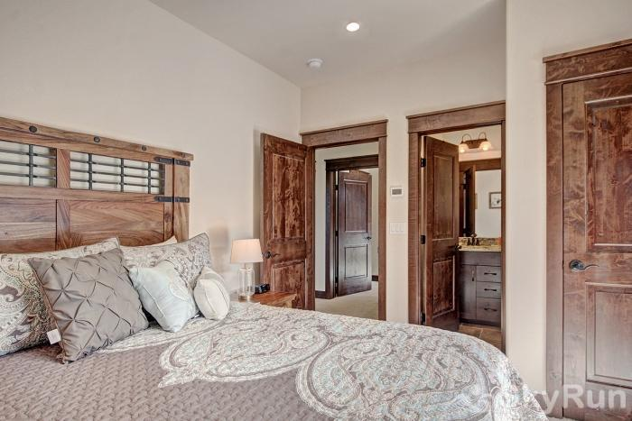 47 River Run Townhomes Guest Bedroom