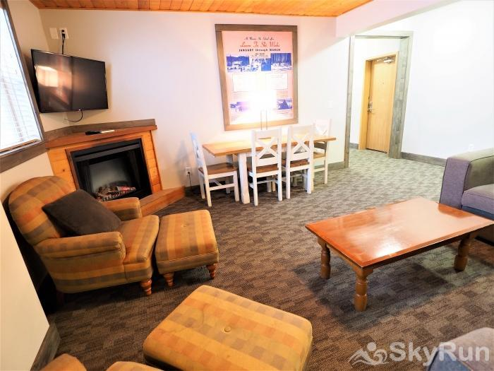 Apex Mountain Lodge Suite Living/Dining Area