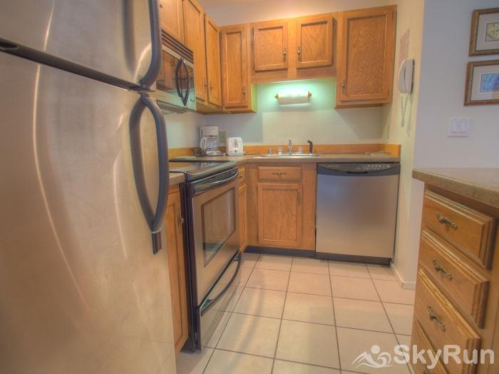 21 Mountainside Gleaming kitchen
