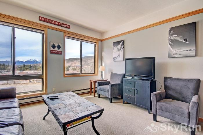 2752 Slopeside Studio