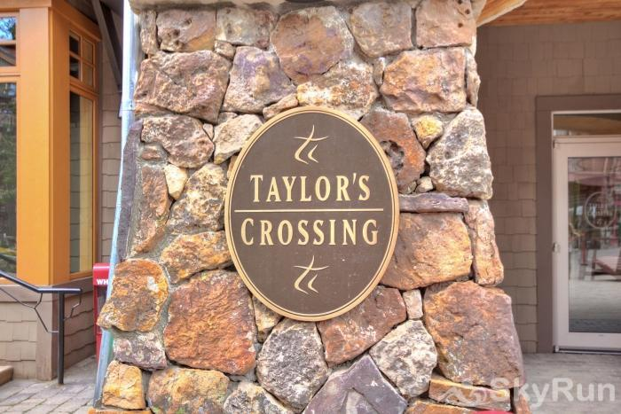 TX312 Taylors Crossing