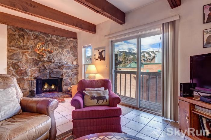 Alpine 203 Views of Breckenridge Ski Resort right from your living room!