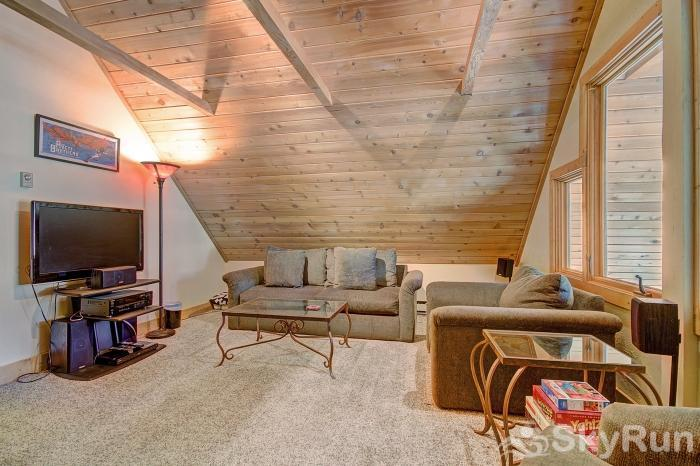Wildernest Point Kids can enjoy their own TV in the loft!