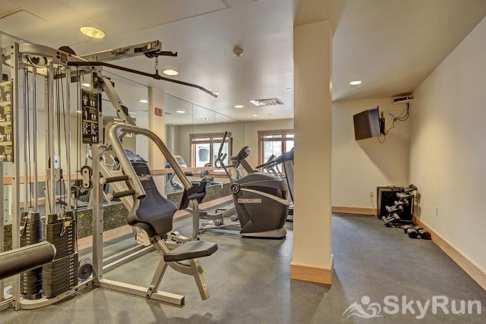 8577 Expedition Station Fitness Room