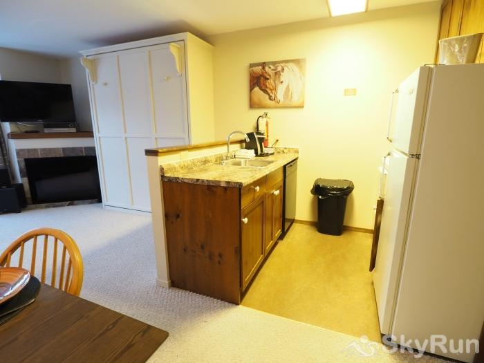 Apex Mountain Inn 2 BDRM Suite 307-308