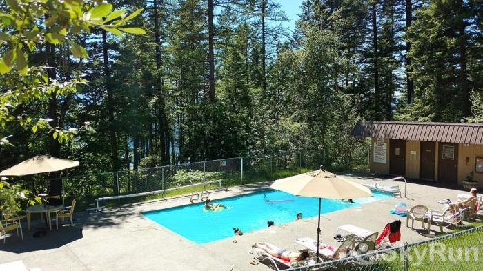 Ptarmigan Village 86 Outdoor Pool