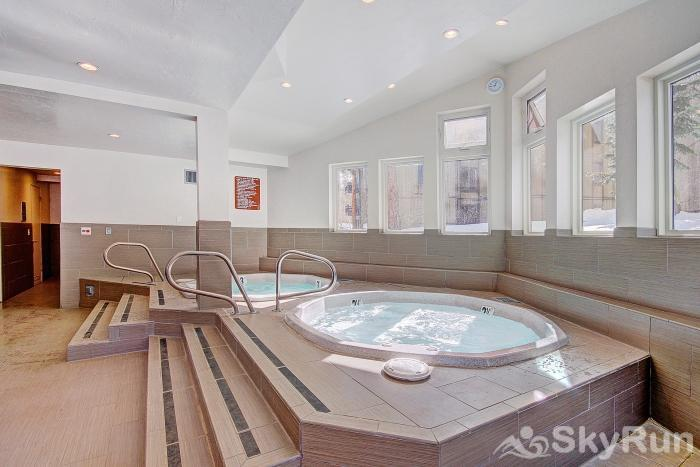 Gold Camp J138 Soothe your achy muscles after a day on the slopes in the on-site hot tub