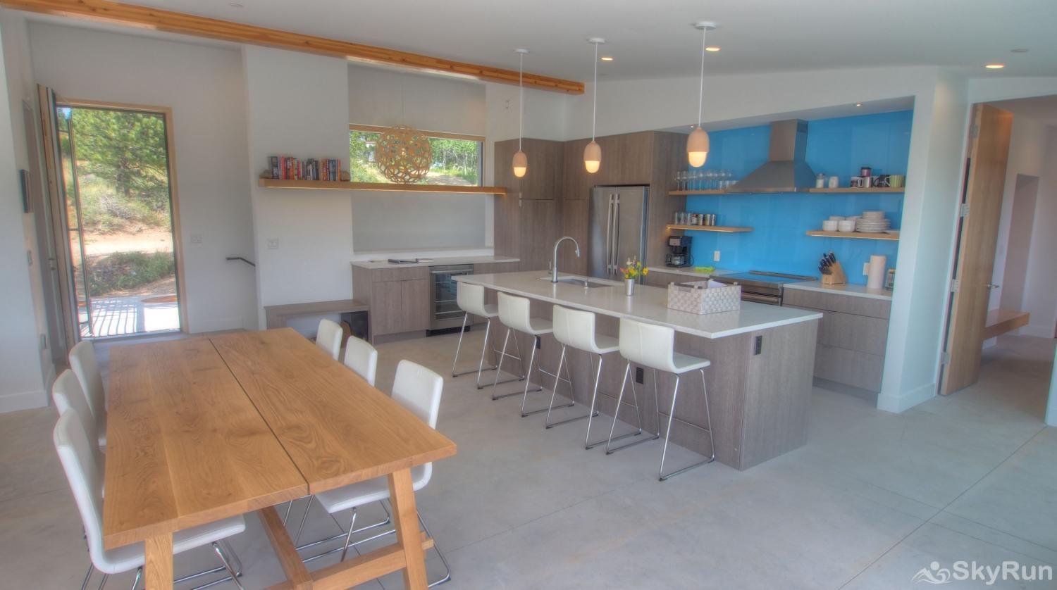 Timberline Haus Dining and Kitchen