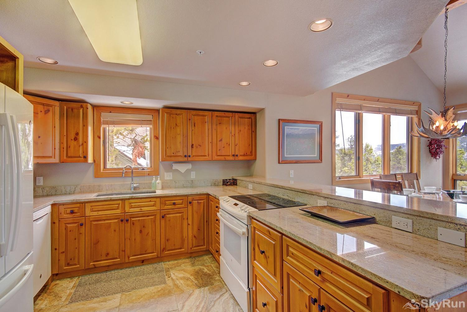Elk Ridge Retreat Enjoy tasty home-cooked meals from the comforts of a fully equipped kitchen