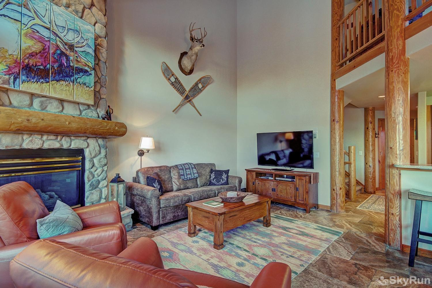 Elk Ridge Retreat Stay cozy warm by the gas fireplace while enjoying your favorite shows and movies