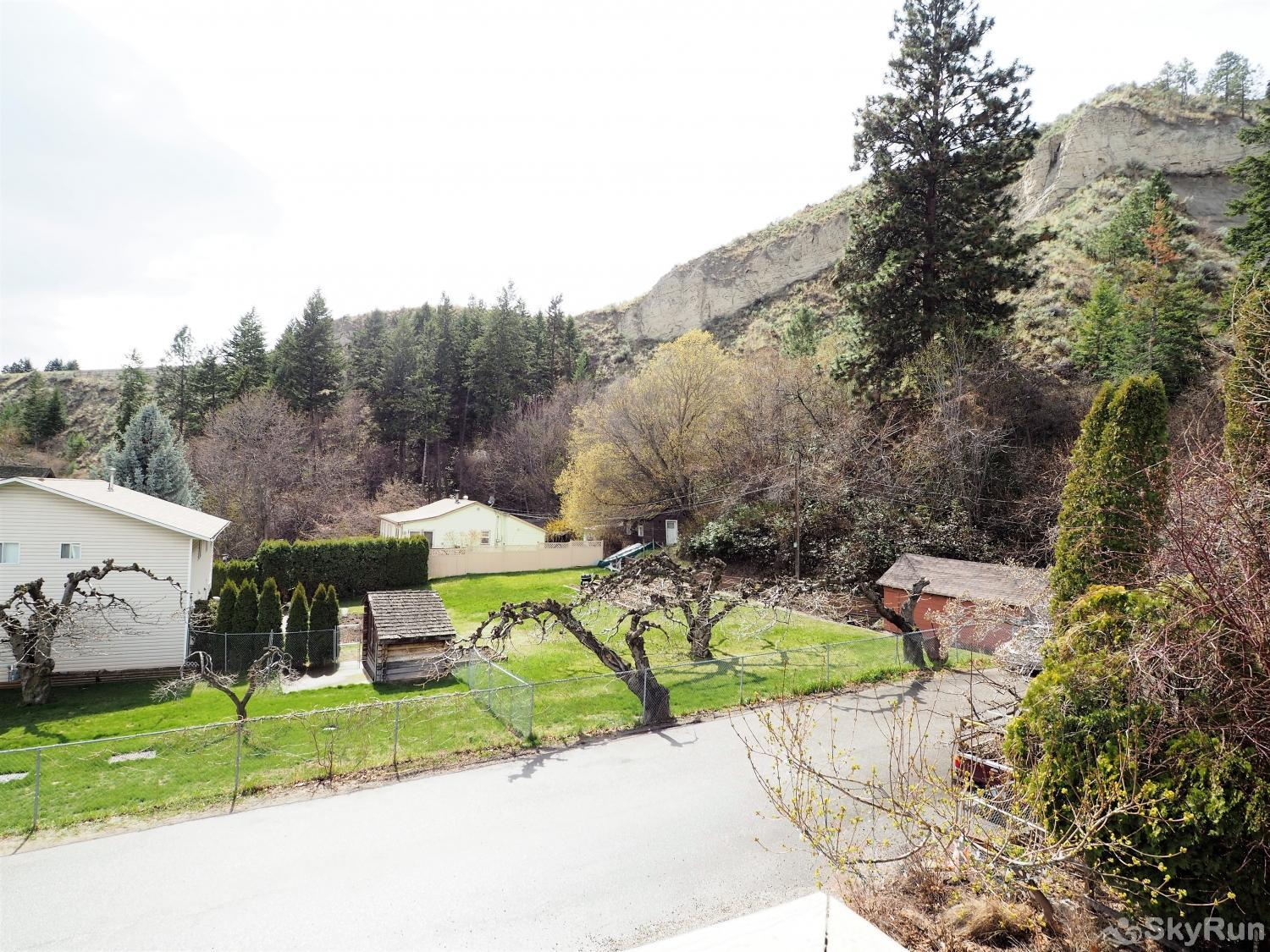 Old Summerland 3 bedroom home Great view!