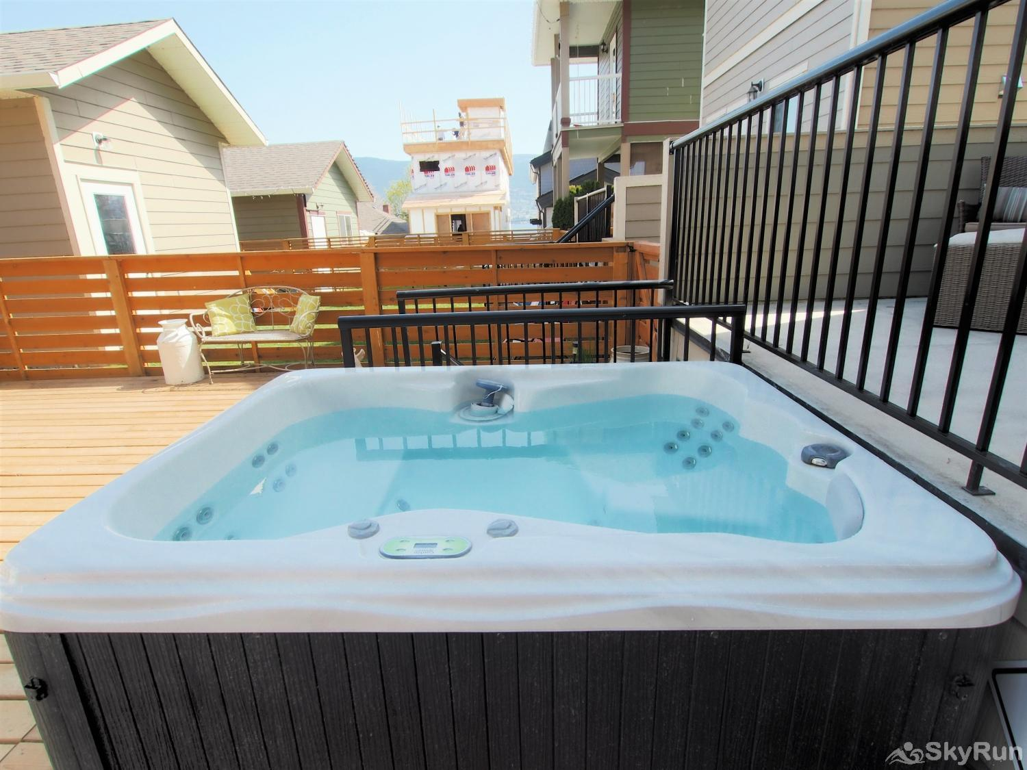 Old Summerland 3 bedroom home Nothing better than relaxing in this amazing hot tub