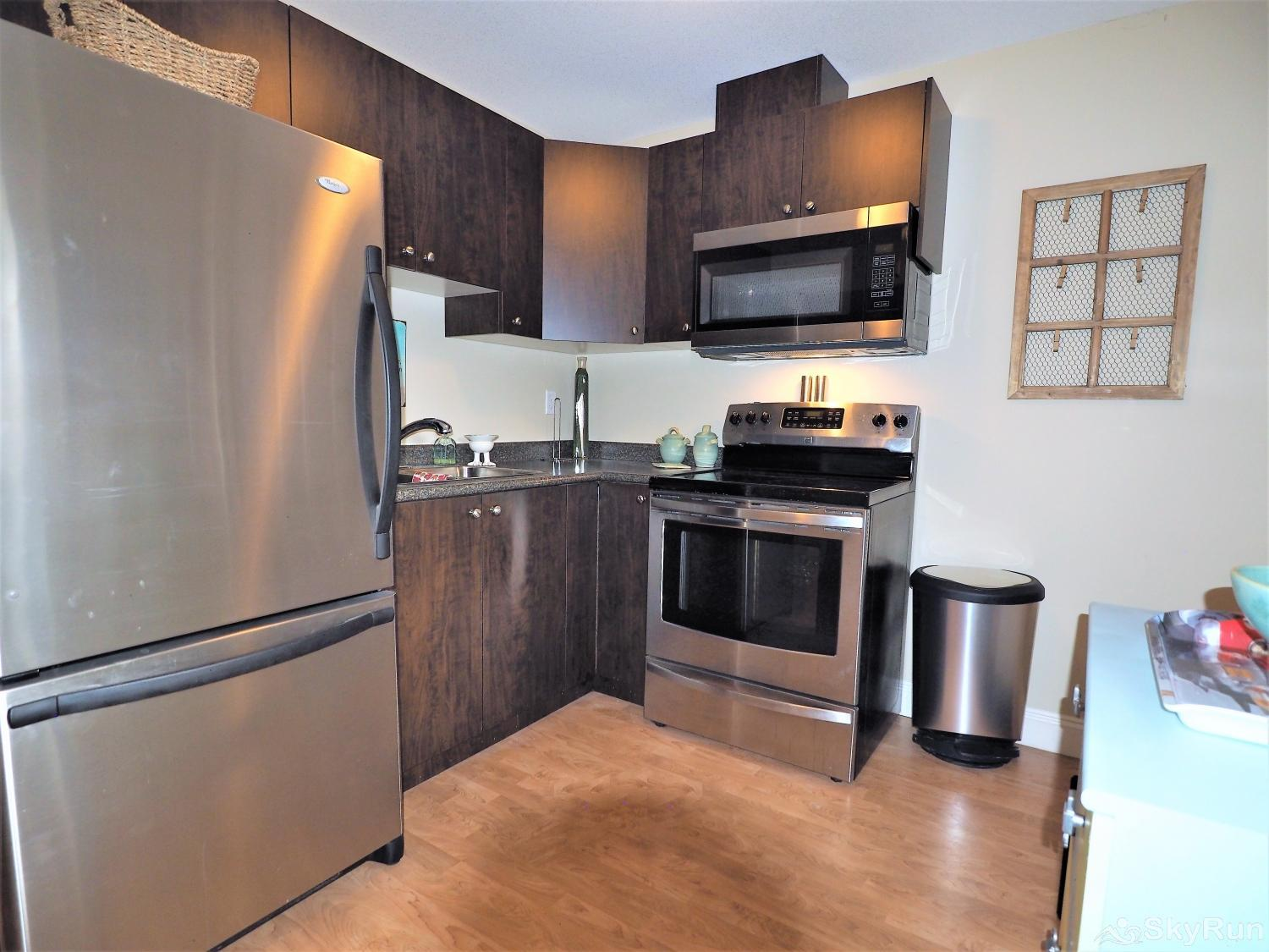 Old Summerland 1 bedroom suite This fully stocked kitchen has everything you need to prepare a lovely meal