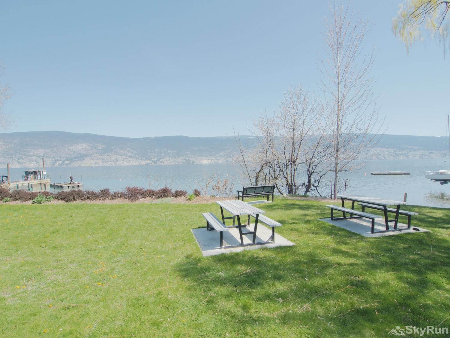 Old Summerland 1 bedroom suite Just steps away to beaver beach