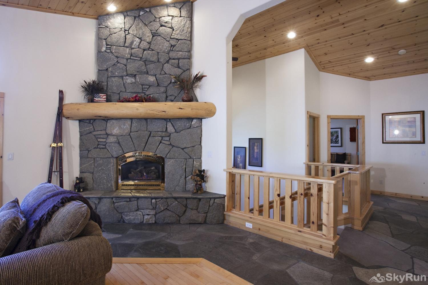 Alder Creek Mountain Home at Tahoe Donner Beautiful Stone Gas Fireplace