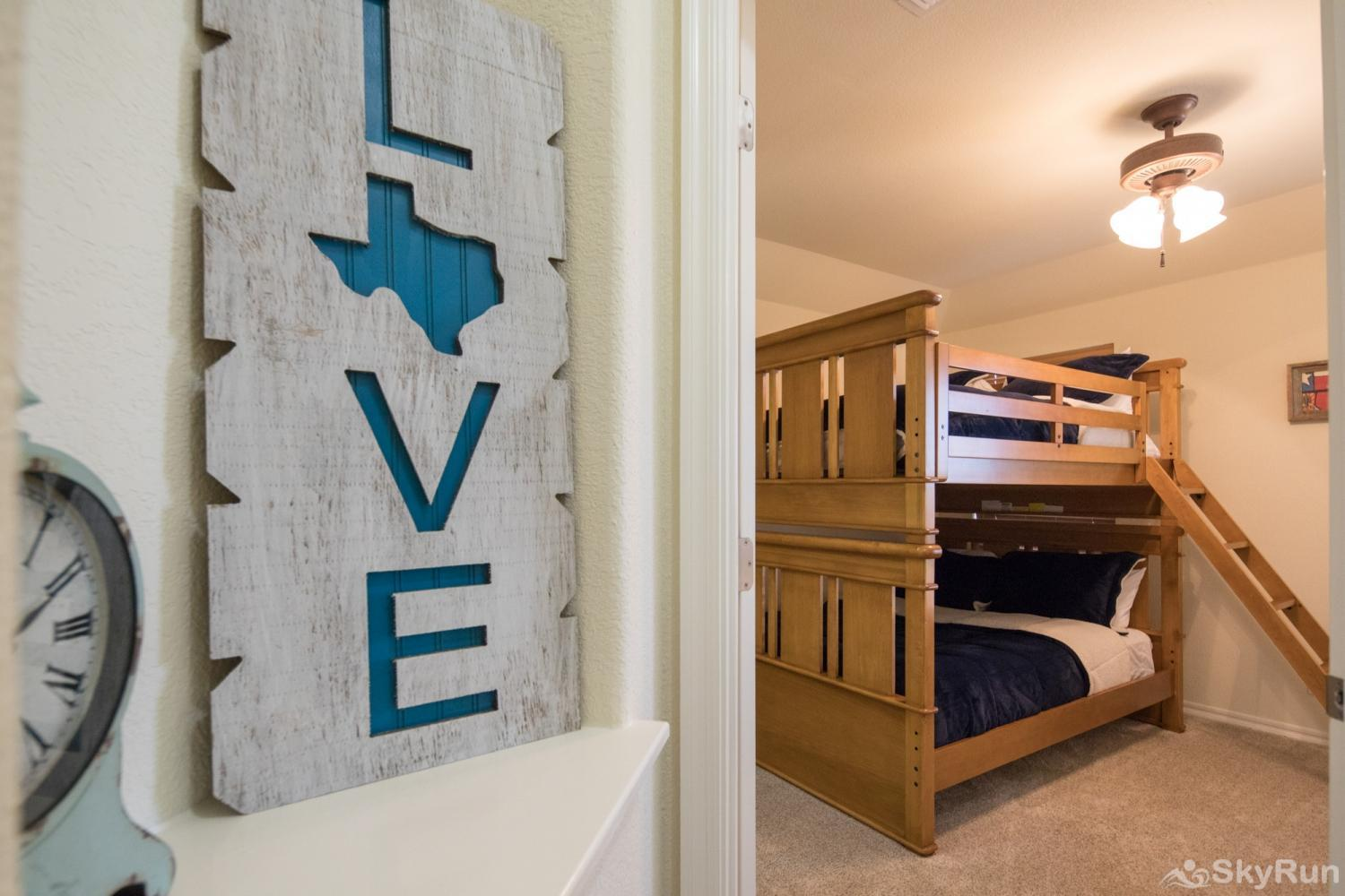 LAKESIDE HAVEN Third Bedroom with Two Full Size Bunk Beds