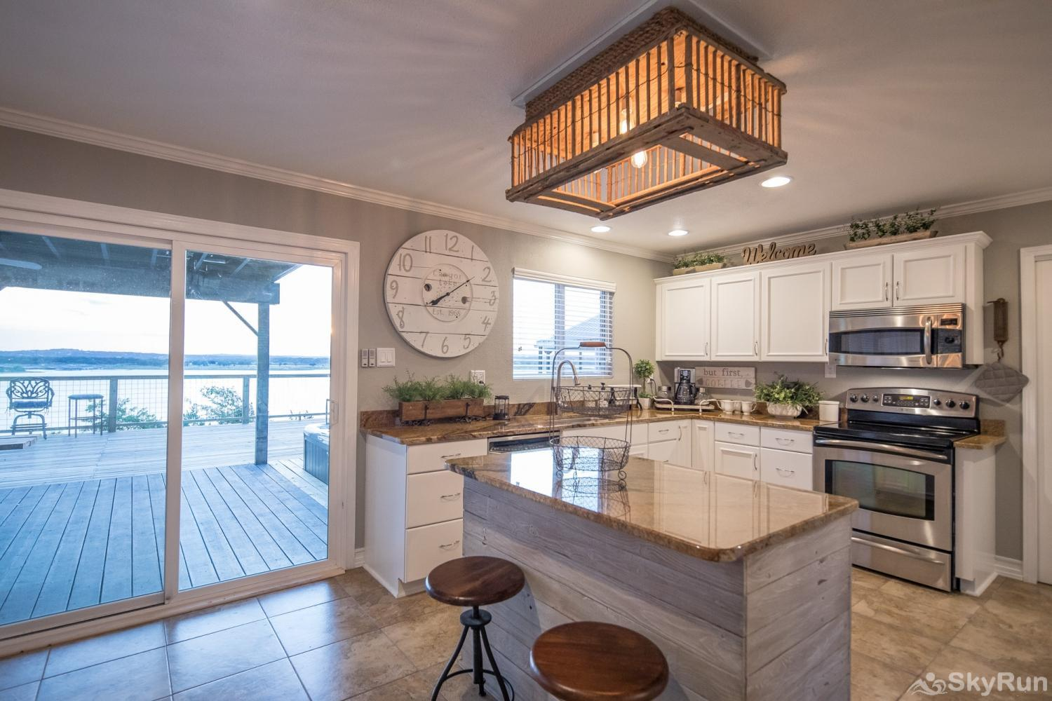 ANCHORS AWAY Kitchen with lake view
