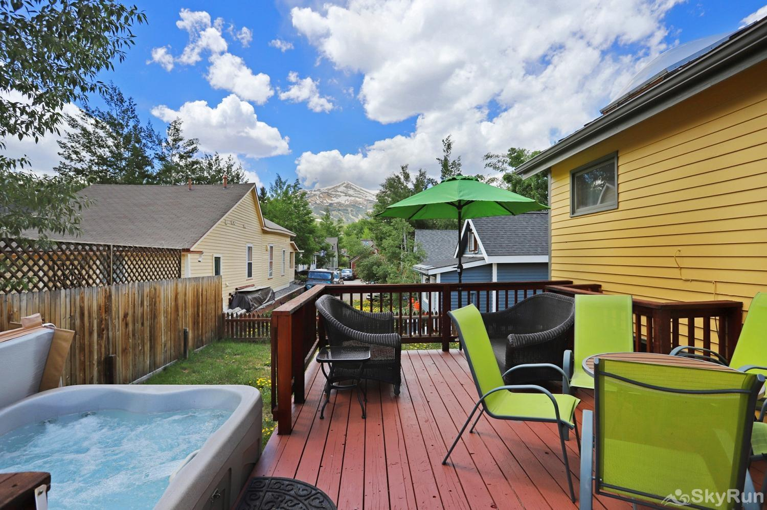 Imperial View Cottage Relax and unwind in your private outdoor hot tub