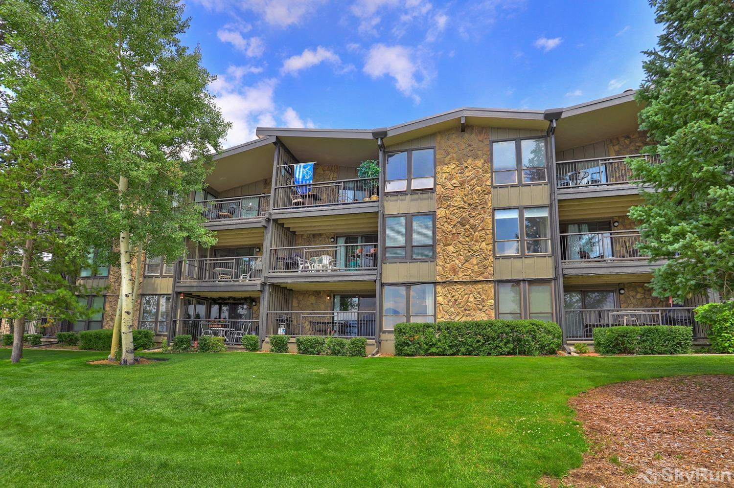 F108 Lake Cliffe Condos