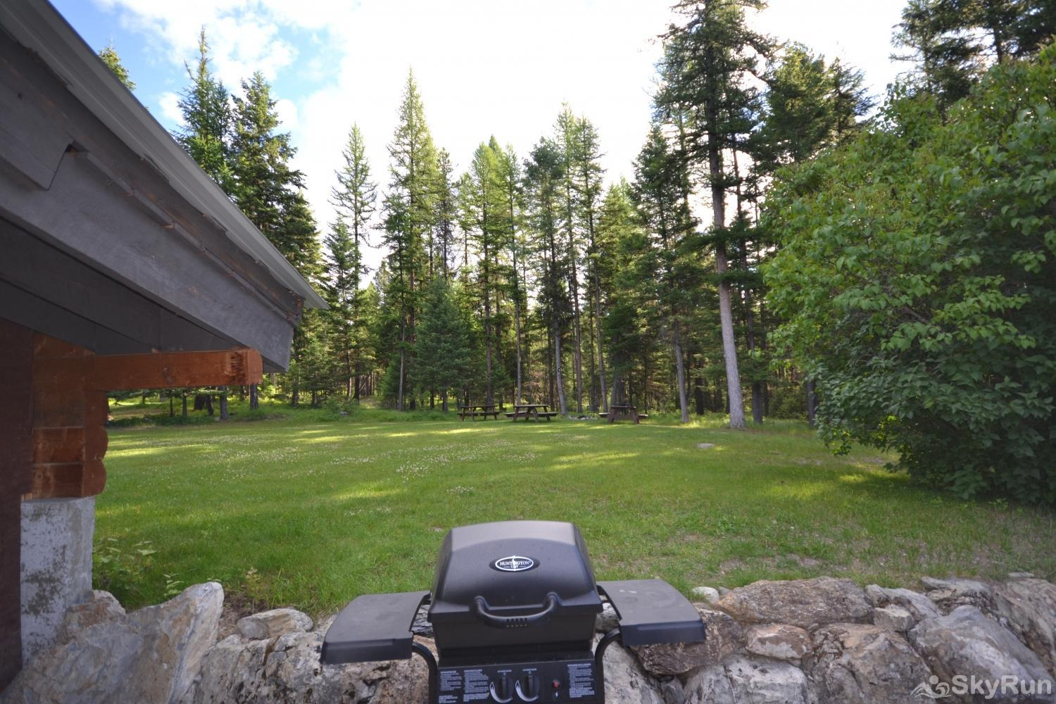 The Studio at Stillwater Mountain Lodge Shared propane grill area with Great house