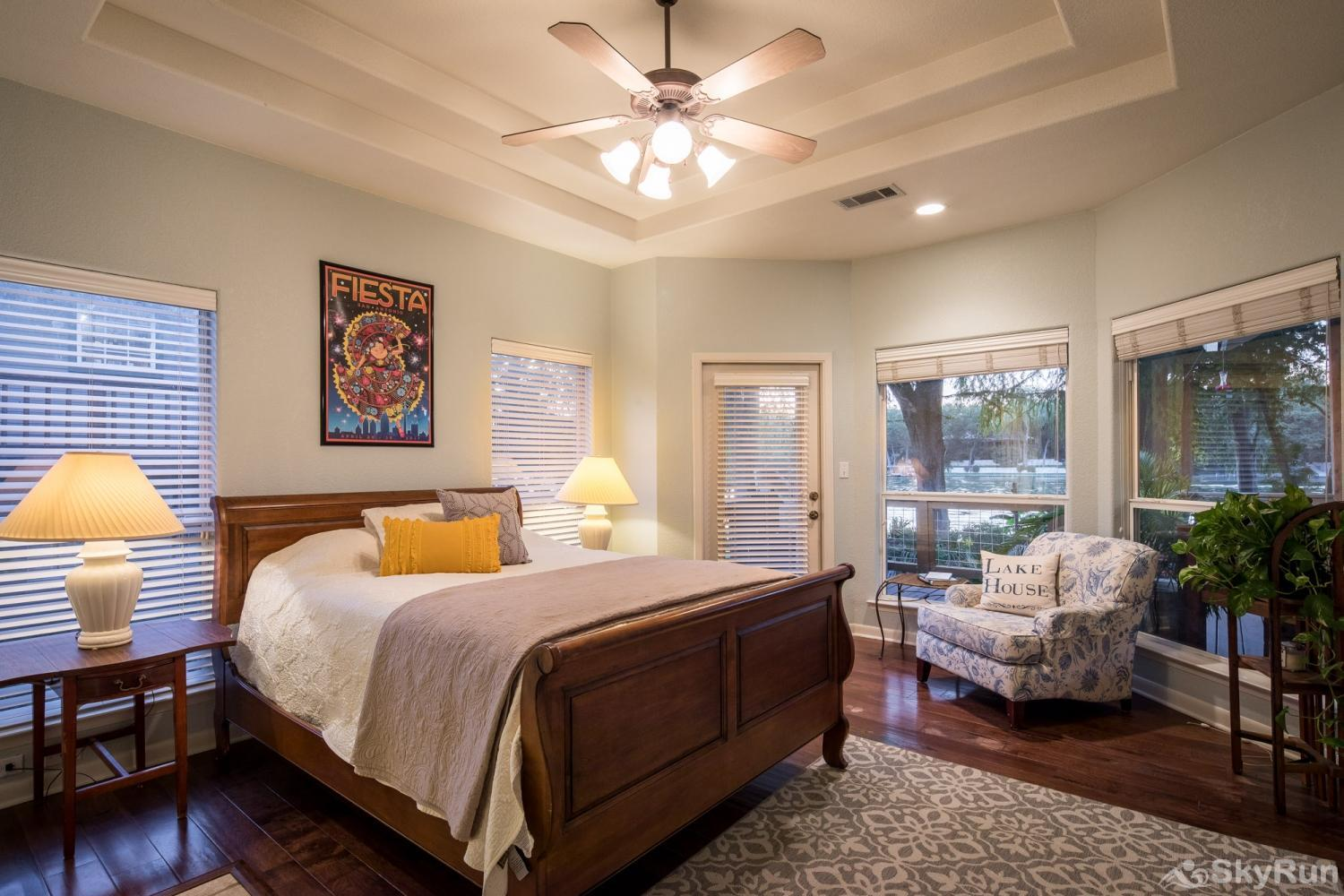 SERENITY SHORES Second Bedroom with Queen Bed