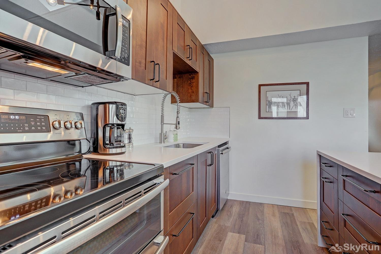 Lances West 13 Enjoy home cooked meals with the convenience of a fully equipped kitchen