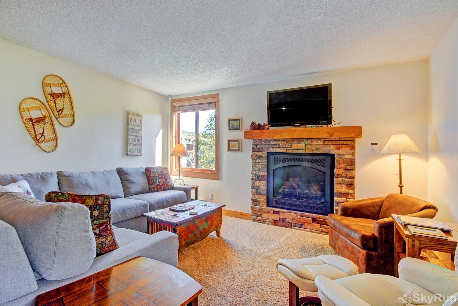 Ski Hill 8 Additional view of living area with gas fireplace