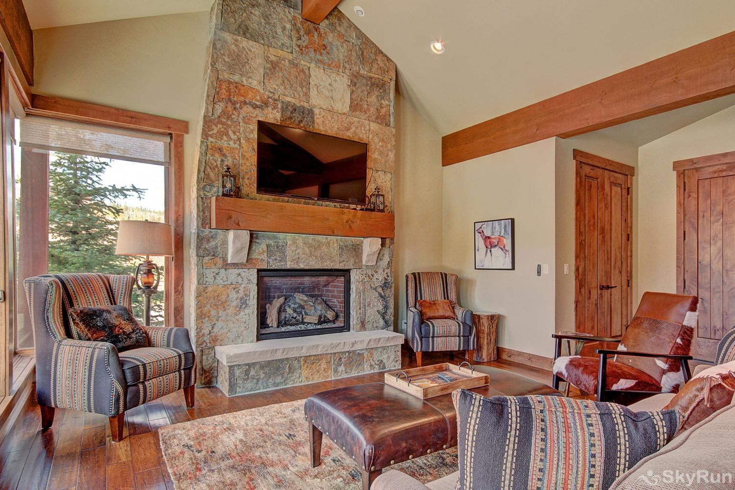 The Shores Lodge Stay cozy warm by the gas fireplace on those cold winter nights
