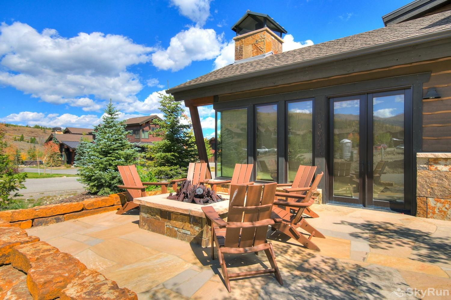 The Shores Lodge Private back patio with gas fire pit and BBQ  *not available in winter*