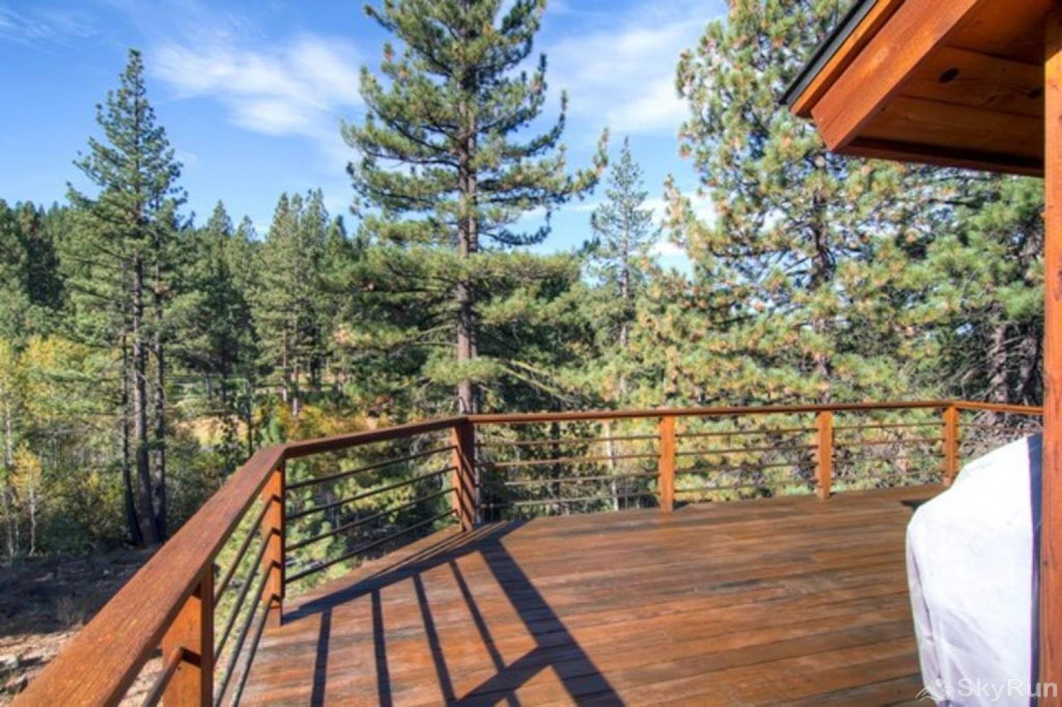 Bear Lodge at Northstar Deck - alt view