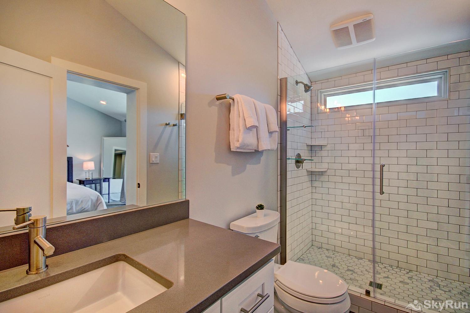First Last Chance Second floor queen master ensuite bath