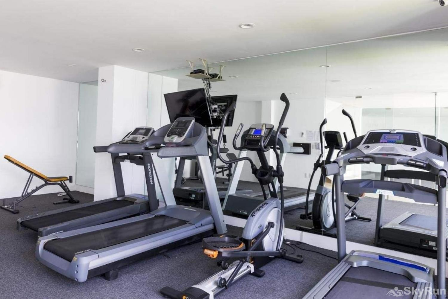 Modern Beach Anah 006D | Playa del Carmen Acces to residential gym in spectacular condo Playa del Carmen