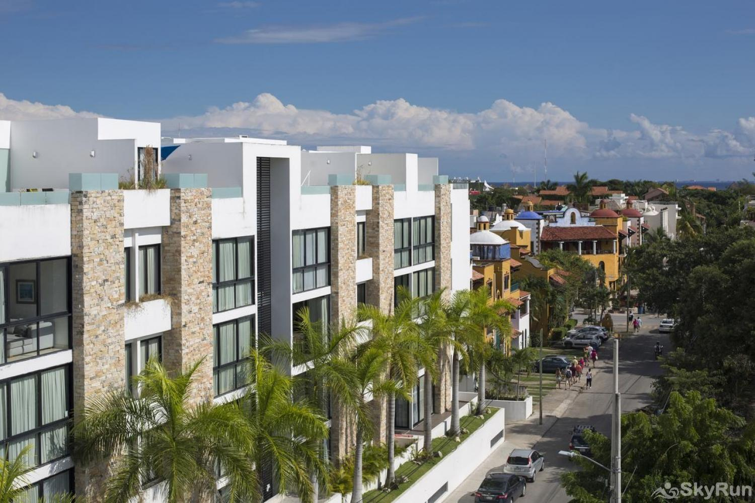 Modern Beach Anah 006D | Playa del Carmen Stunning Modern Apartment in Prime Location at Playa del Carmen