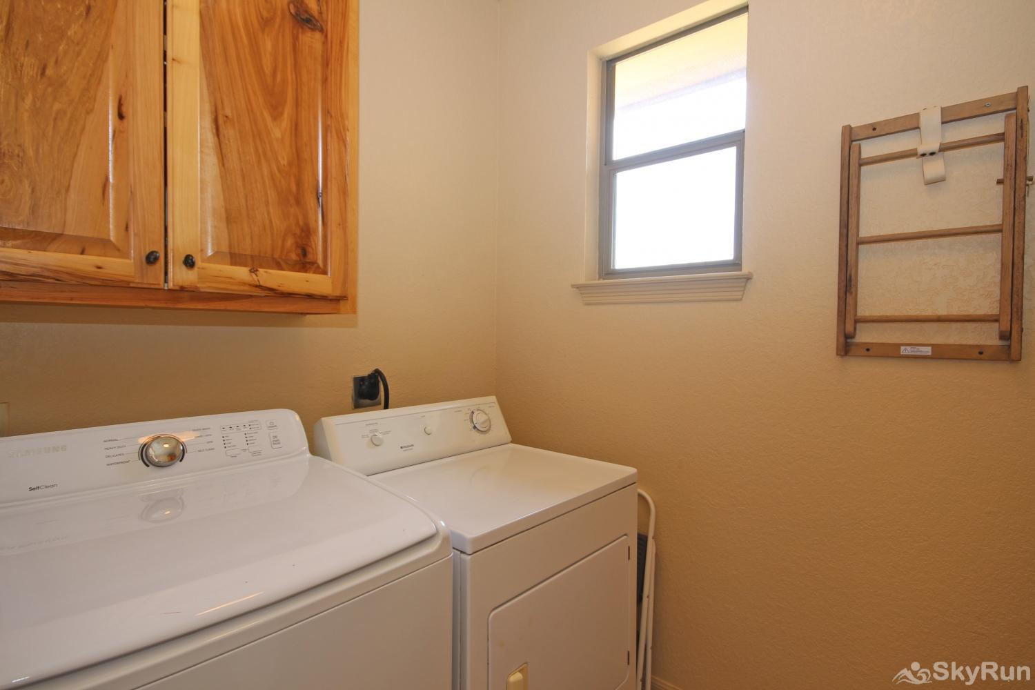 BELLA'S COVE Washer and dryer available for guest use