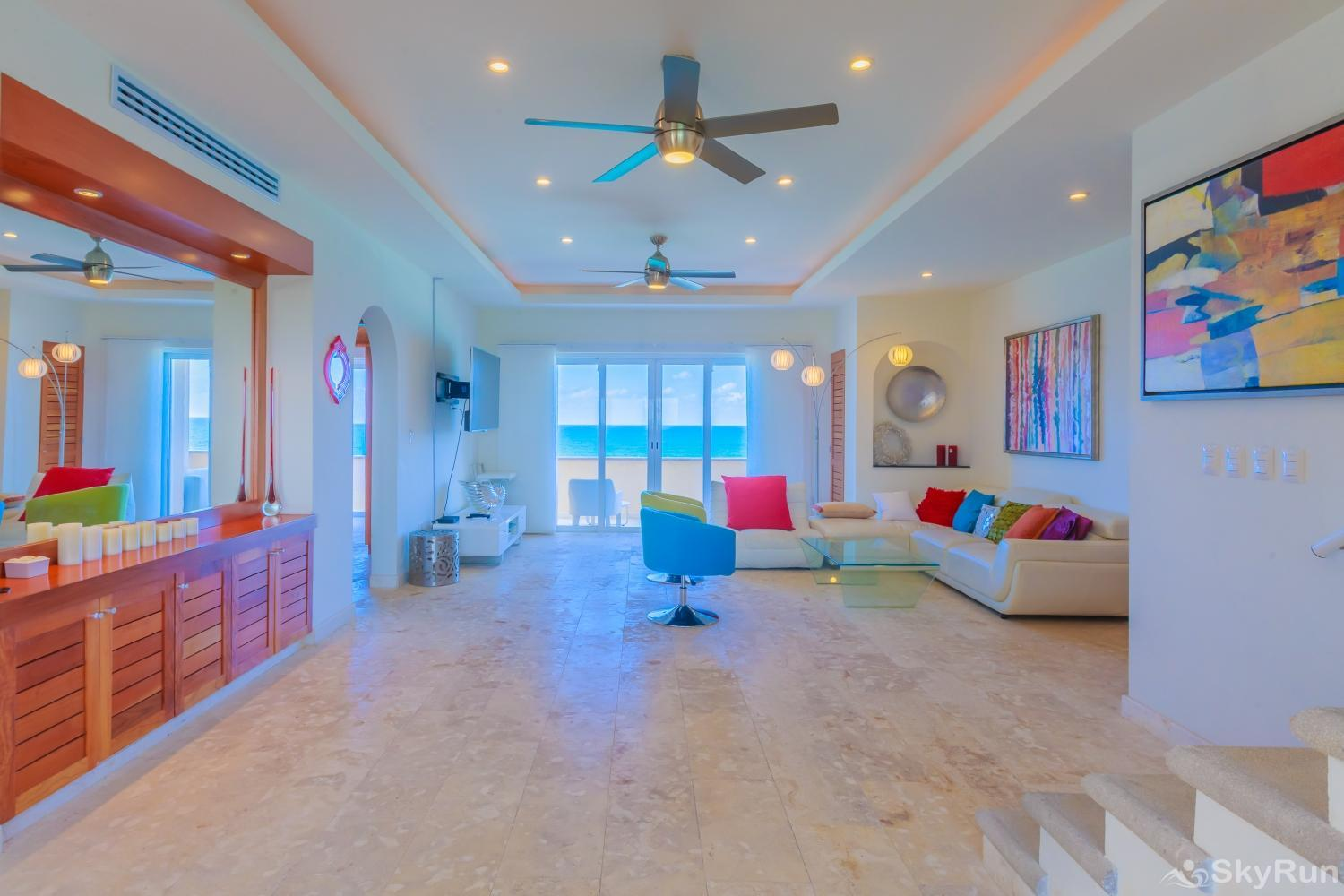 Oceanfront Penthouse | Isla Mujeres | Private Pool | Resort Amenities | Prime location | 3 bedroom | Oceanview
