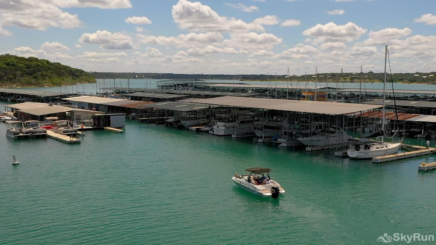 WATERFRONT GRACE Rent a boat at Canyon Lake Marina