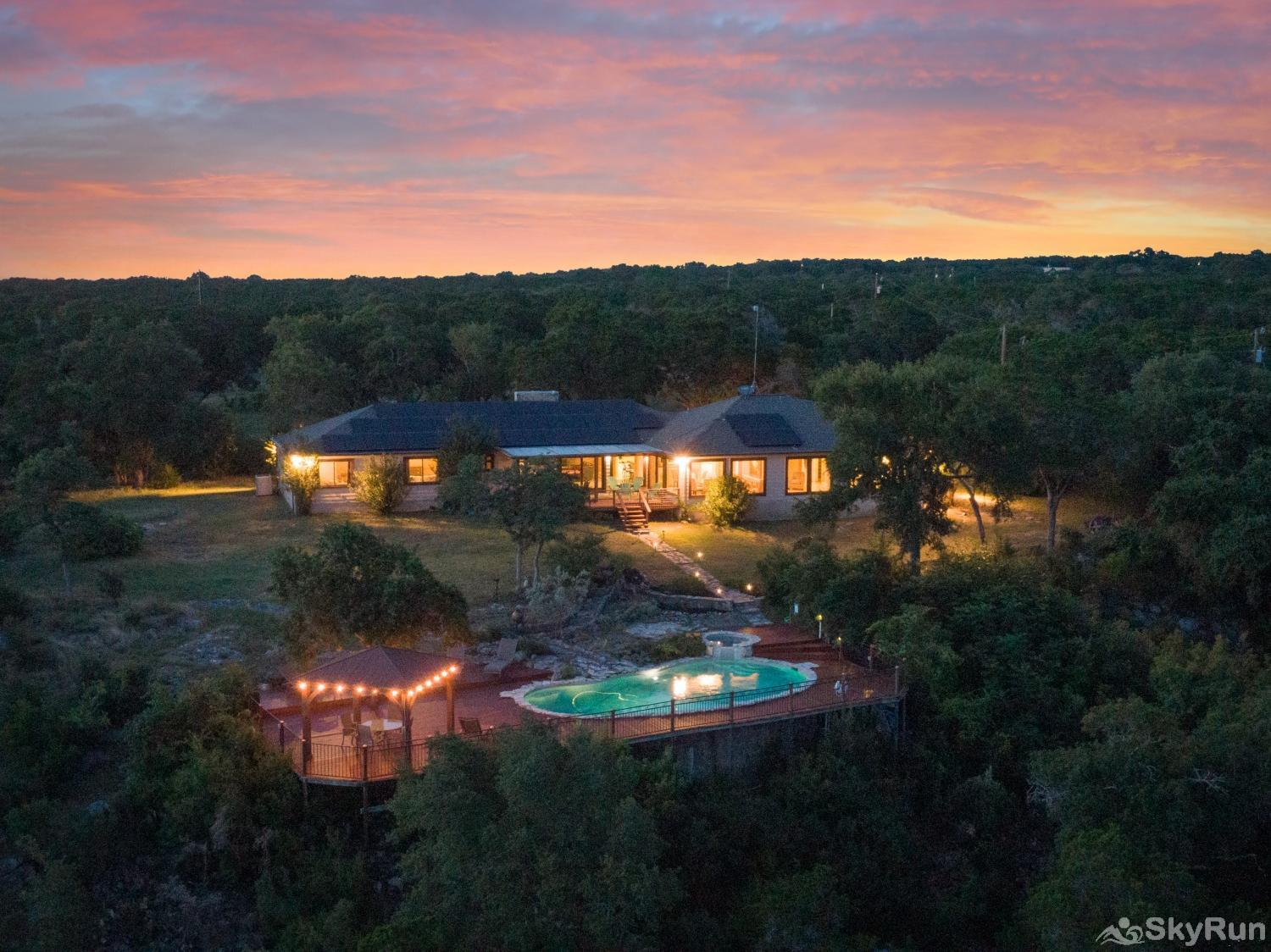 VALLEY VIEW Book your Wimberley vacation today!