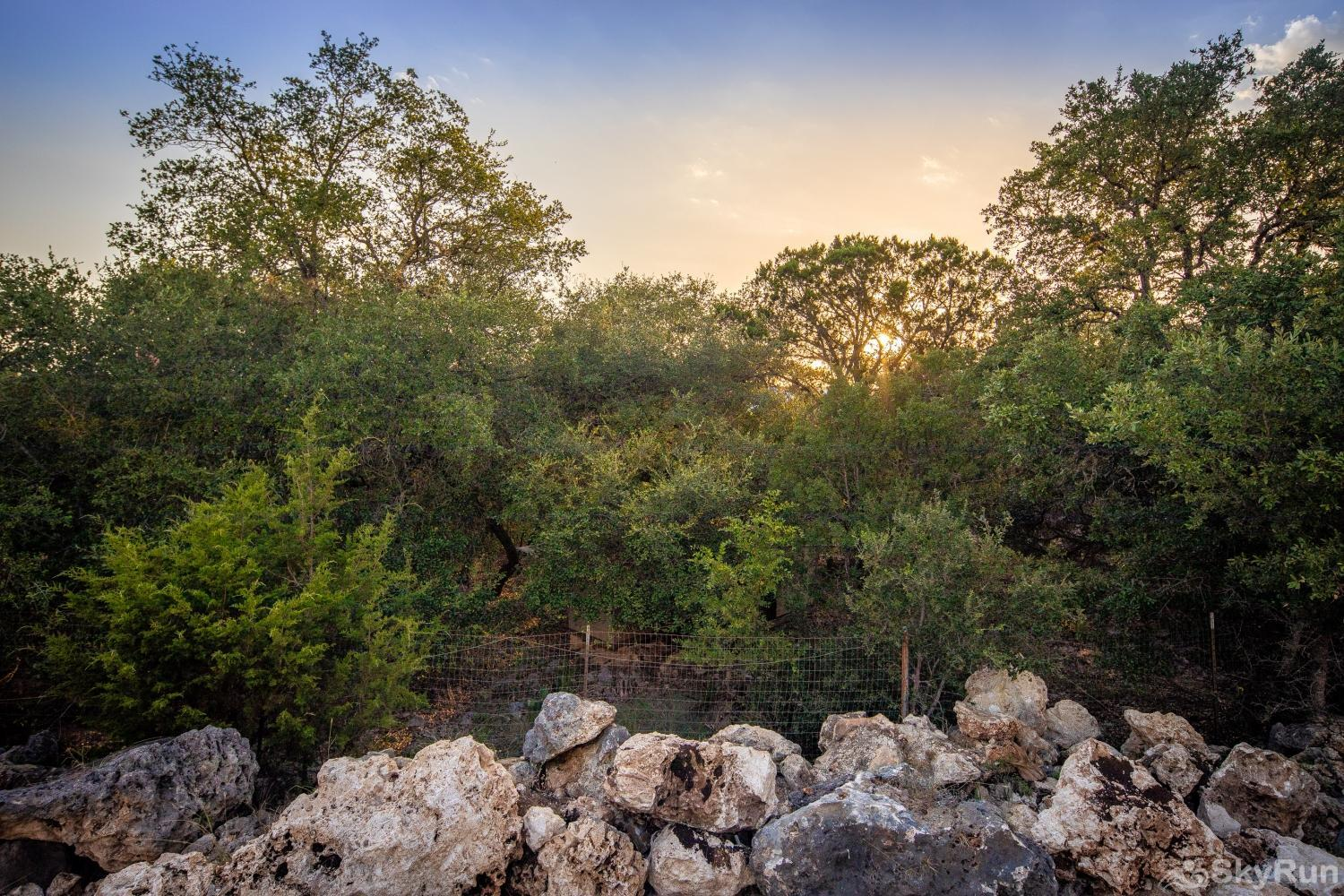 STONE RIDGE RETREAT Evenings in the Hill Country are our favorite!