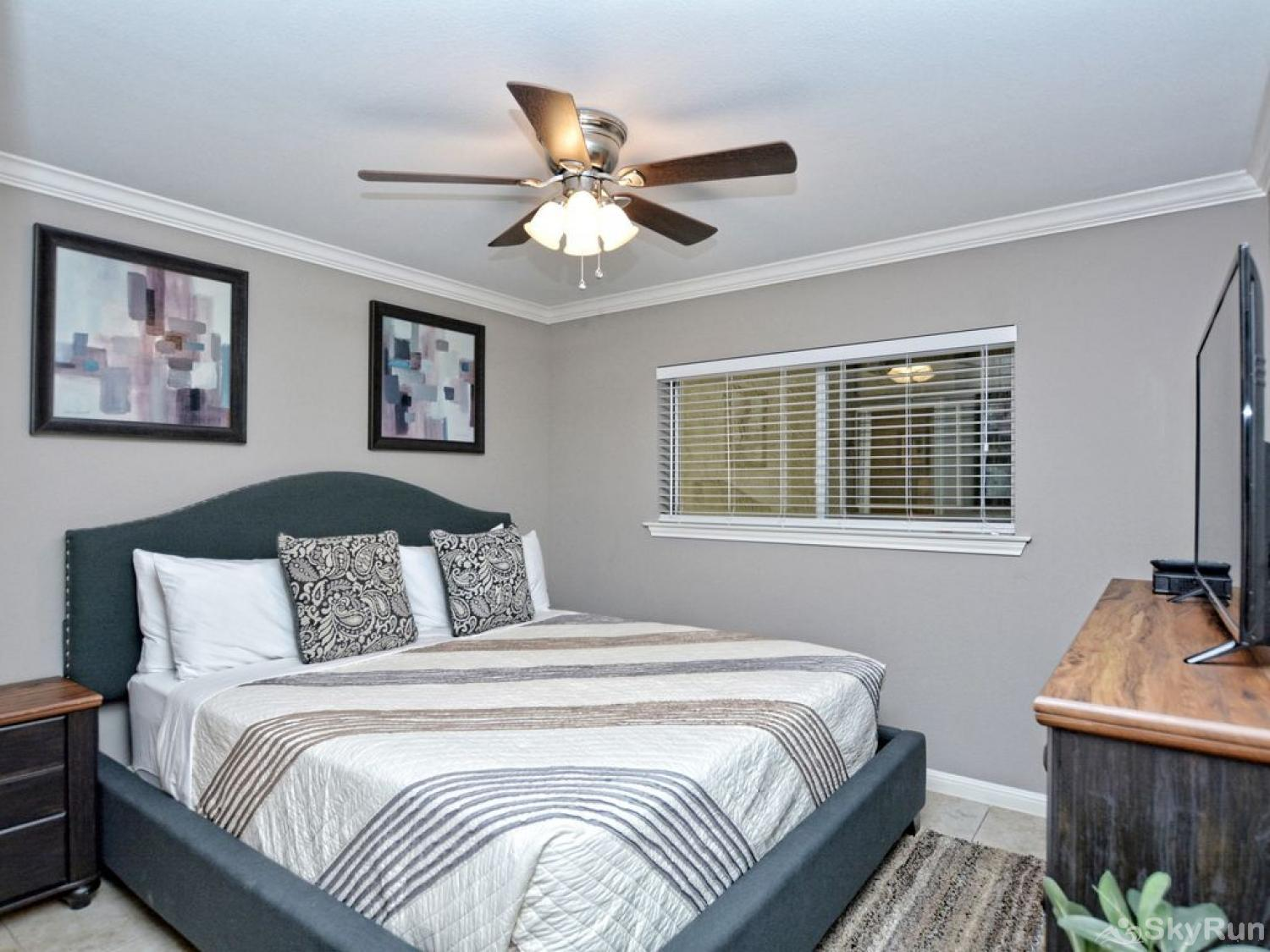 WATERWHEEL PARADISE CONDO Master bedroom with king bed