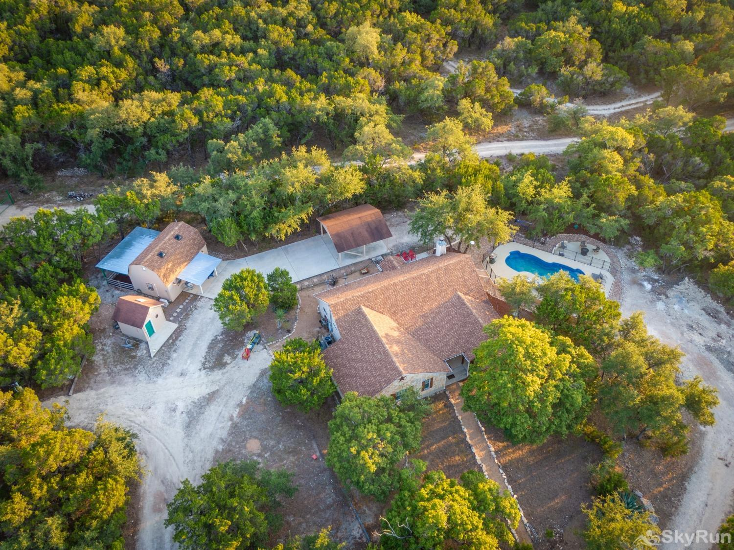 HAYS HIDEOUT Book your Wimberley vacation today!
