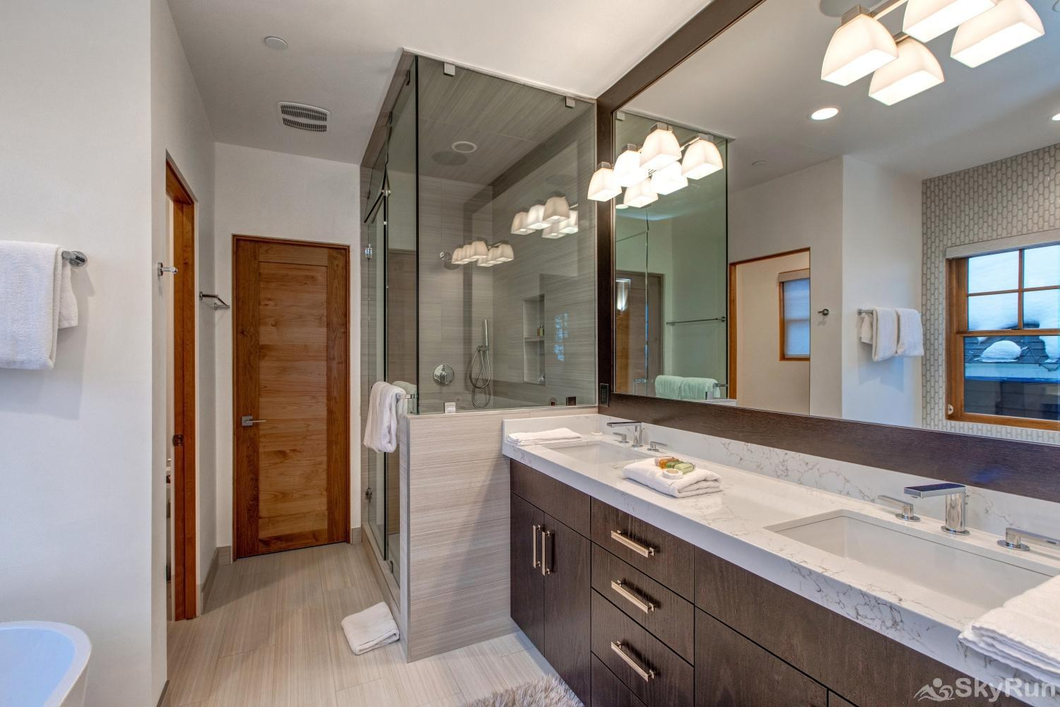 Old Town Masterpiece Beautiful Master Ensuite Bathroom