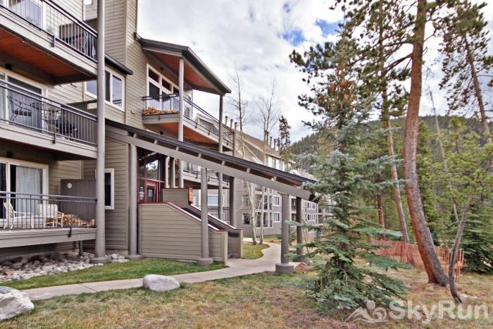 2140 The Pines Pines Exterior