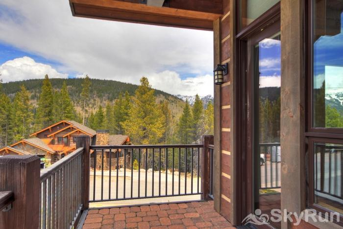 LR902  The Chalet at Lewis Ranch Balcony Views