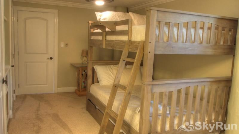 Palm Breeze Downstairs Bunk Beds Bedroom