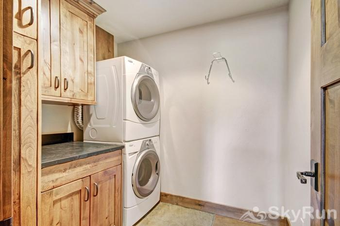 LR882 The Vista in Lewis Ranch Private Washer and Dryer