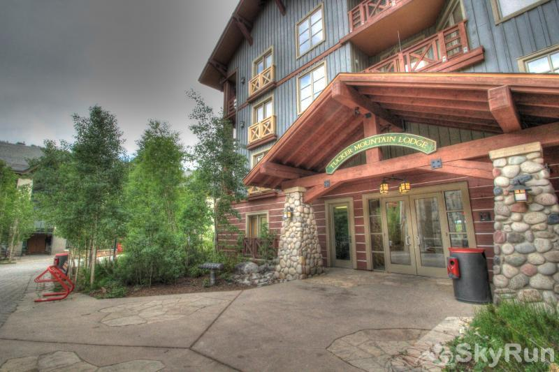 TM525H Tucker Mountain Lodge Tucker Mountain Lodge's Exterior