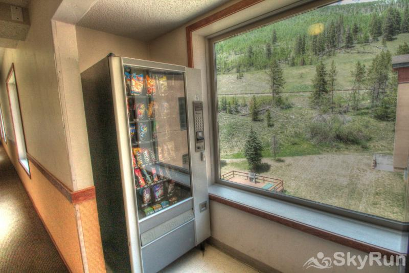 TL505 Telemark Lodge 1BR 2BA Vending Machine - Snacks